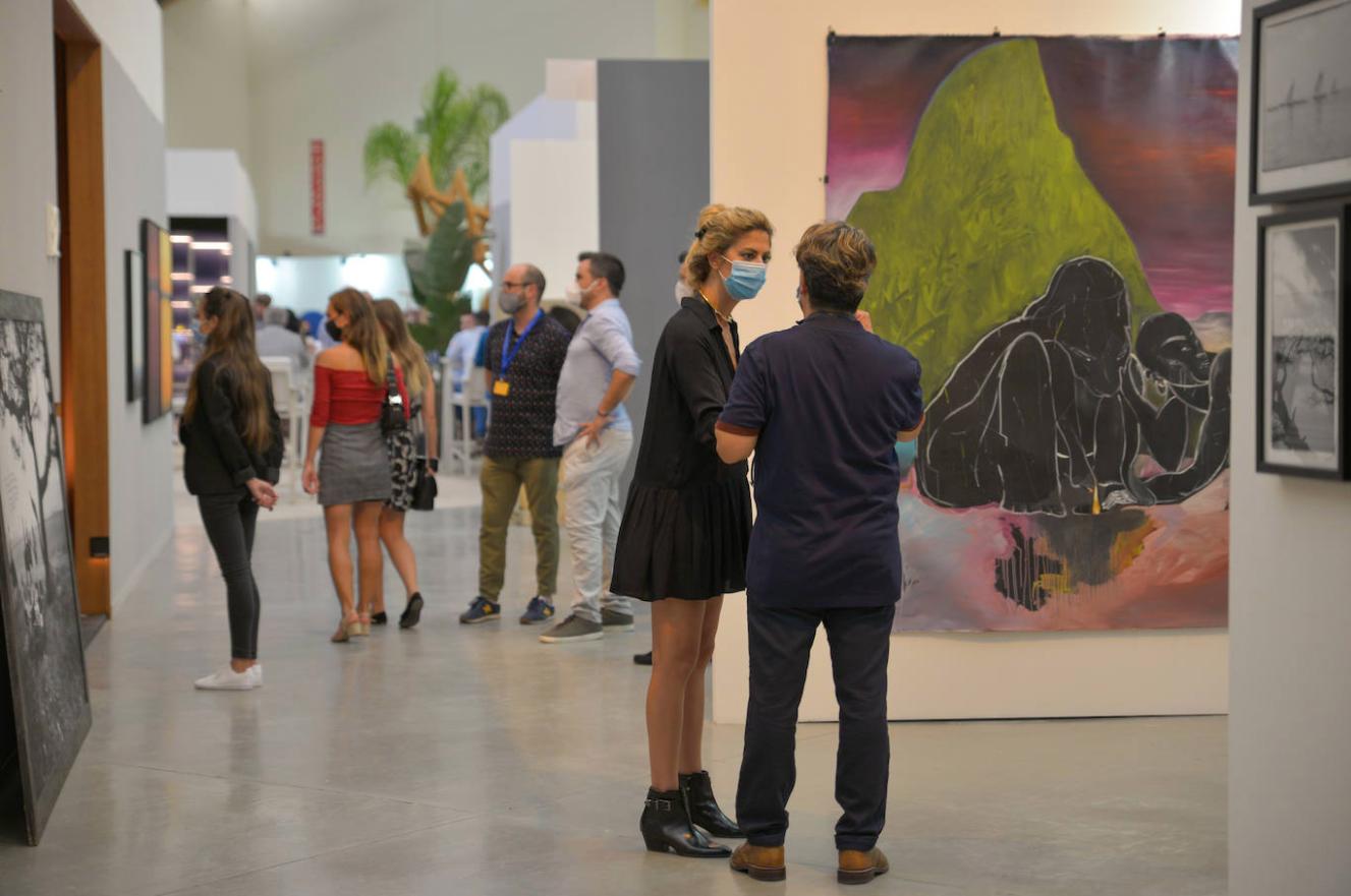Marbella funde este año en un solo espacio sus ferias de arte y de diseño sholeh abghari